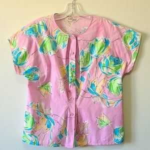 Short sleeved button blouse